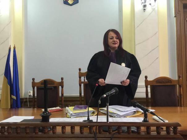 """Dna judecător Adina Daria Lupea de la Curtea de Apel Cluj – """"Ne-au ascuns tratamente simple și au decontat milioane de euro pentru sᴘιтᴀʟ unui ʙoʟɴᴀv de COVID"""""""