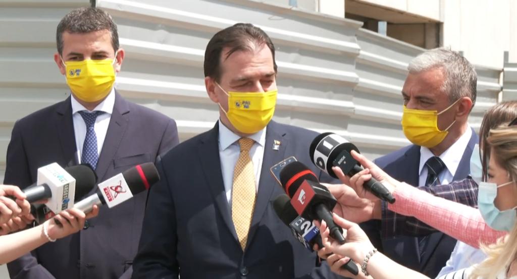 Ludovic Orban: Vaccinarea anti-COVID-19 s-ar putea face contra cost, pe modelul vaccinării antigripale