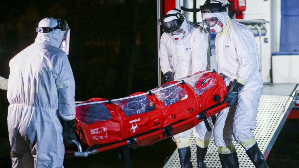 Ministerul Sănătății recunoaște că NUMAI 227 DE OAMENI AU MURIT cu adevărat DE COVID în România, în toată pandemia! Raportul MS: Diagnosticele codificate ca principale nu au fost DE COVID, conform OMS: infarct, ulcer, hernii, fracturi