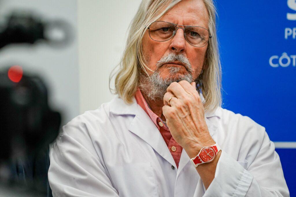 Profesorul Didier Raoult:Laboratoare mari precum Gilead, AstraZeneca, Pfizer sau GSK au fost toate condamnate pentru corupție