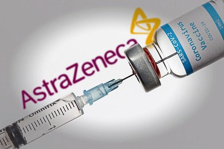 Vaccinul AstraZeneca prezintă risc de tromboză