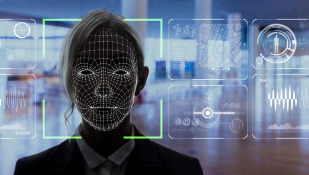 """Inteligența artificială ar putea duce la """"un viitor orwellian"""" dacă legile care ar putea proteja publicul nu sunt implementate cât mai curând-Brad Smith, președintele Microsoft"""