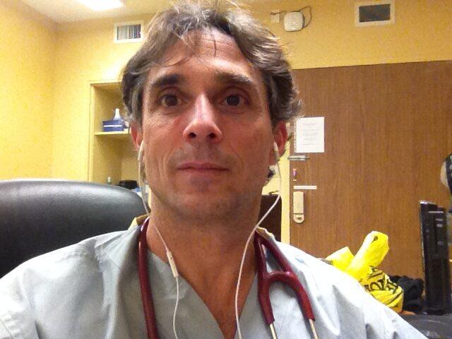 Mărturia Dr.Mark Trozzi:În serviciul meu de urgență, nu am văzut niciodată un pacient bolnav de COVID-19