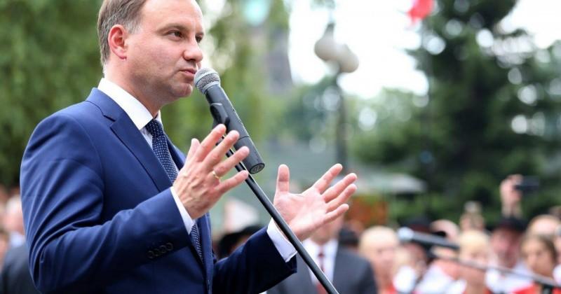 """Preşedintele Poloniei respinge educaţia LGBT în şcoli: """"Părinţii noştri nu au luptat 40 de ani împotriva comunismului pentru ca o nouă ideologie să apară"""""""