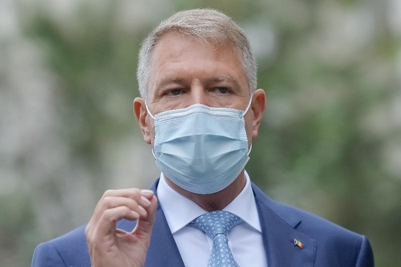 Iohannis ne amenință cu vaccinarea forțată