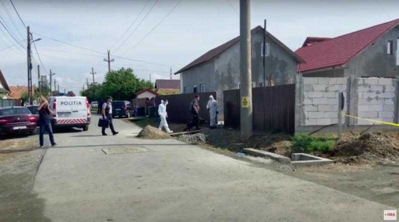 Un bărbat a intrat în casă peste o familie din Constanța, unde a violat-o pe fiica de 20 de ani și l-a omorât pe tatăl acesteia
