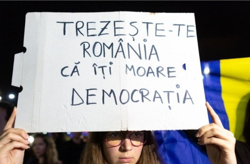 Alexandru Petria: Cerem reîntoarcerea la democraţie!