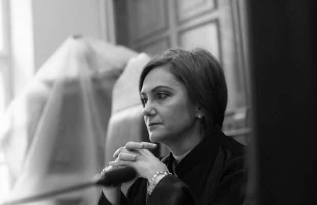 """Judecătoarea Adriana Stoicescu:""""Suntem bolnavi și nu de ieri de azi.Suntem bolnavi de infatuare și prostie"""""""
