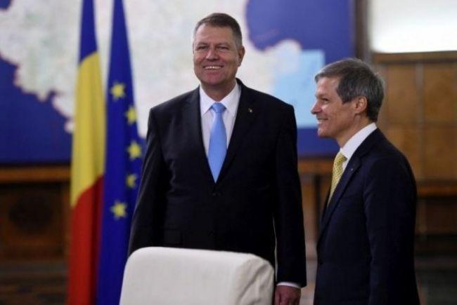 Klaus Iohannis îl desemnează pentru candidat la premier pe Dacian Cioloş